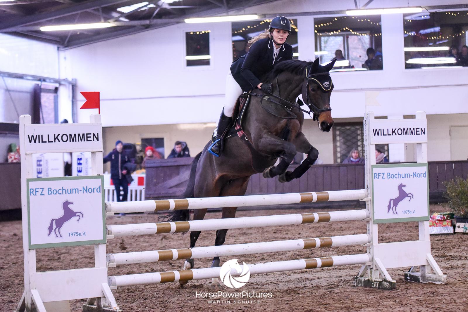 Nadja Rössler - Team HorsePowerPictures