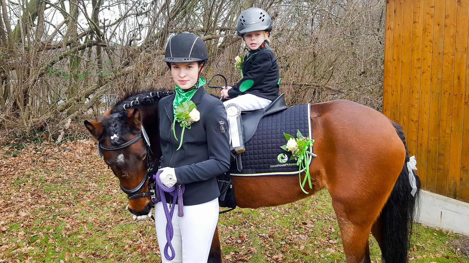 Anna Czerwinski - Team HorsePowerPictures